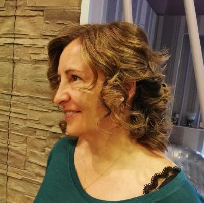 Peinados y maquillaje en Peluquería M. Belén en Madrid centro 3