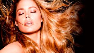 Cliente modelo con un Tratamientos de Keratina para cabellos frágiles en peluquería m belen