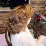 Cliente con las medidas de seguridad por el covid-19 en peluquería m belén