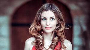 Tratamiento de Keratina con proteínas para cabello con más brillo y volumen